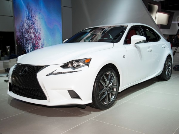 2014-lexus-is-(5)-600-001