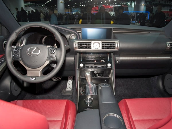 2014-lexus-is-(9)-600-001