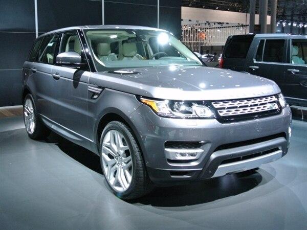 Revealed: 2014 Land Rover Range Rover Sport - New York 2013