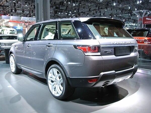 Revealed: 2014 Land Rover Range Rover Sport - New York 2013 1