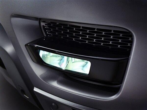 Revealed: 2014 Land Rover Range Rover Sport - New York 2013 35