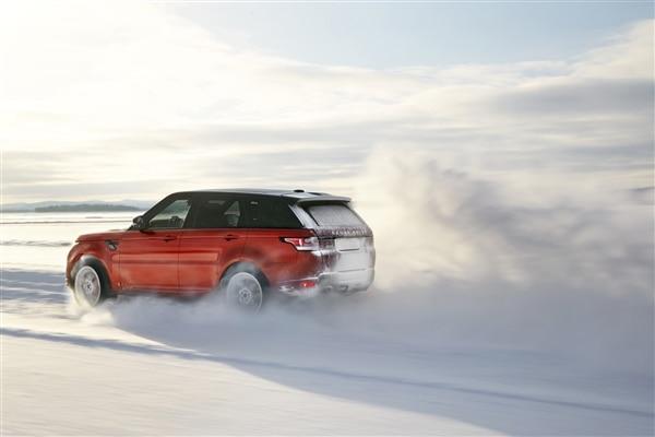 Revealed: 2014 Land Rover Range Rover Sport - New York 2013 71
