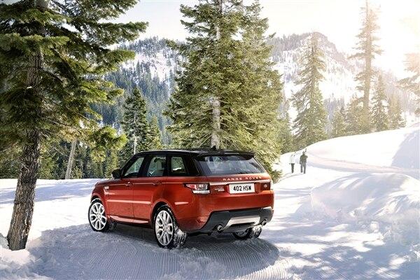 Revealed: 2014 Land Rover Range Rover Sport - New York 2013 72