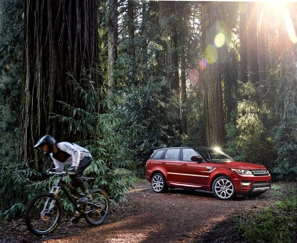 Revealed: 2014 Land Rover Range Rover Sport - New York 2013 74