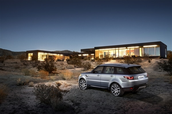 Revealed: 2014 Land Rover Range Rover Sport - New York 2013 18