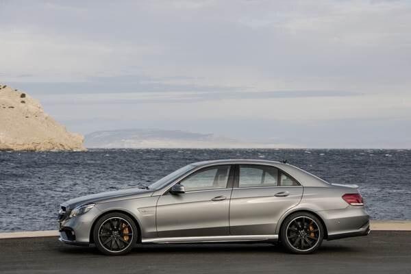 Revealed: 2014 Mercedes-Benz E63 AMG 4Matic/S-Model - Detroit 2013 | Kelley  Blue Book