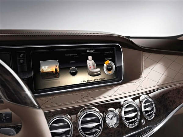 2014-mercedes-benz-s-class-dash-diplay-detail-600-001