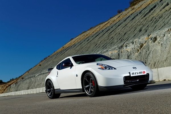 2014-nissan-370z-nismo-1-front-600-001