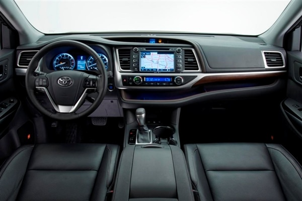 2014-toyota-highlander-front-interior-detail-600-001