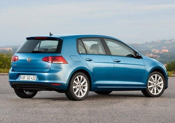 2015-volkswagen-golf-tdi-stastic-rear-600-001