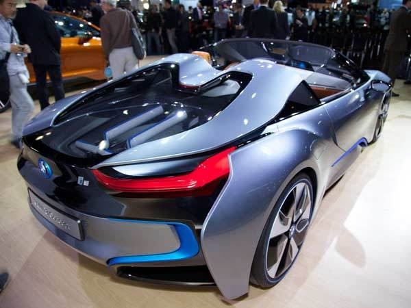 bmw i8 concept roadster la 2012 kelley blue book. Black Bedroom Furniture Sets. Home Design Ideas