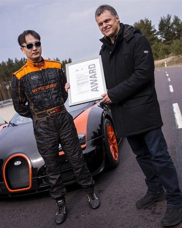 bugatti-164-veyron-grand-sport-vitesse-driver-hero-shot-600-001
