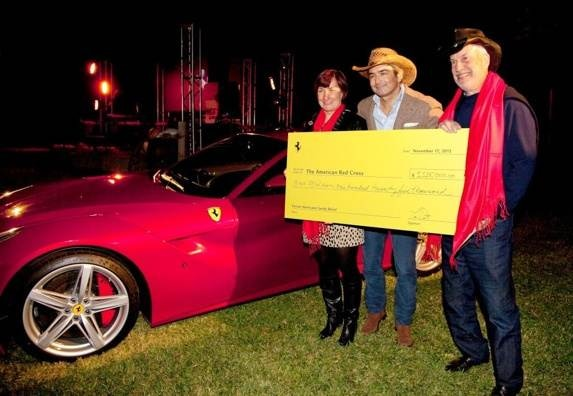 2013-ferrari-f12berlinetta-charity-auction-600-001