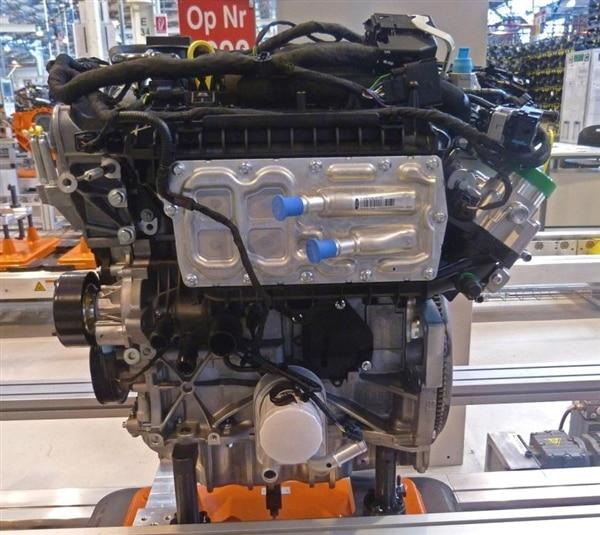 ford-15l-ecoboost-engine-on-line1-600-001