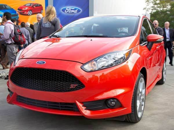 ford-fiesta-st-fron-show-600-600-001