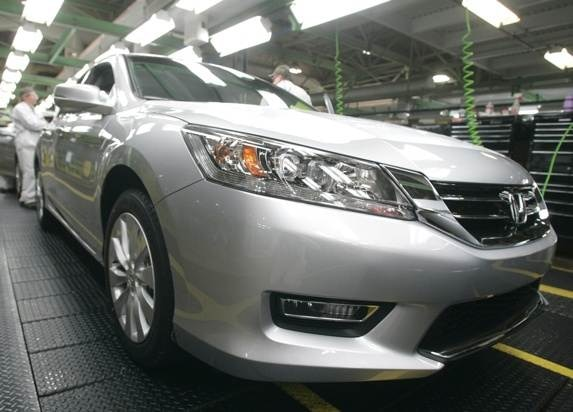 honda-30th-us-anniversary-2013-accord-made-in-us-600-001