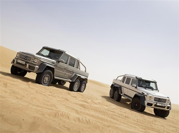 m-b-g63-amg-two-car-hero-shot-static-600-001