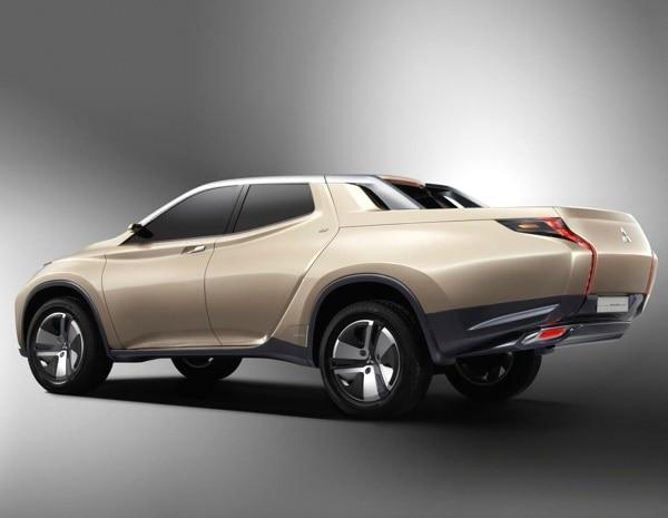 mitsubish-gr-hev-concept-rear-static-600-001