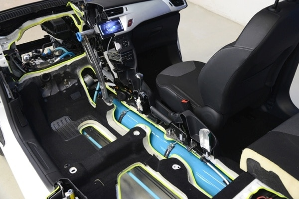 psa-hybrid-air-cutaway4-600-001