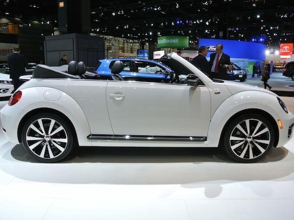 revealed  volkswagen beetle convertible   chicago  kelley blue book