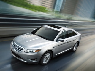 10 Most Comfortable Cars Under $30,000 - 2012 Ford Taurus