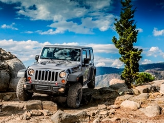 10 Best SUVs Under $25,000 - 2014 Jeep Wrangler