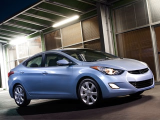 10 Best Sedans Under $25,000 - 2012 - 2012 Hyundai Elantra