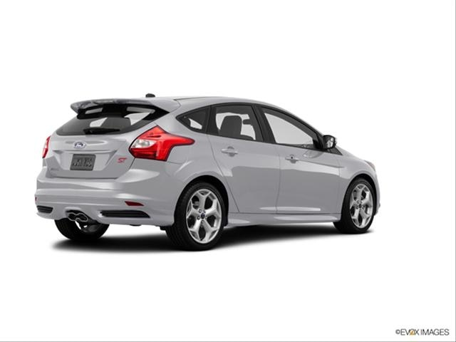 Ford Focus Hatchback 2010