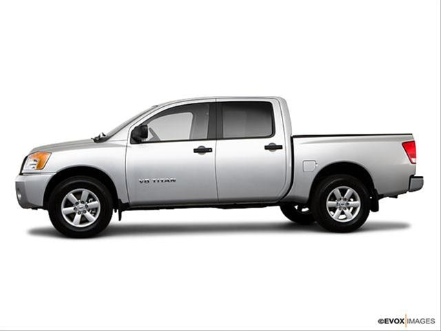 new sport blogs 2010 nissan titan lifted. Black Bedroom Furniture Sets. Home Design Ideas