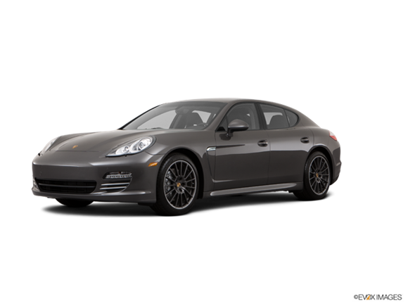 2013 Porsche Panamera 4 Platinum Edition Gran Turismo  Photo