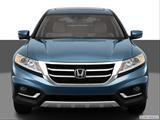 2013 Honda Crosstour Low/wide front photo