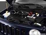 2014 Jeep Patriot Engine photo