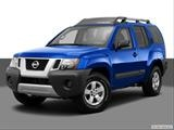 2014 Nissan Xterra Front angle medium view