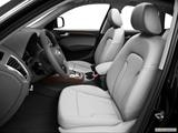 2014 Audi Q5 Front seats from Drivers Side