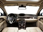 2014 Volvo S80 Dashboard, center console, gear shifter view photo