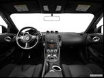 2014 Nissan 370Z Dashboard, center console, gear shifter view photo