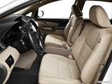2014 Honda Odyssey Front seats from Drivers Side