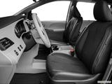 2014 Toyota Sienna Front seats from Drivers Side