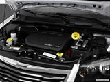 2015 Chrysler Town & Country Engine photo
