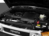 2014 Toyota FJ Cruiser Engine photo