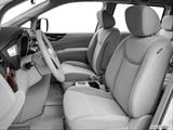2014 Nissan Quest Front seats from Drivers Side