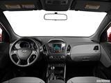 2014 Hyundai Tucson Dashboard, center console, gear shifter view