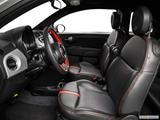 2014 FIAT 500e Front seats from Drivers Side