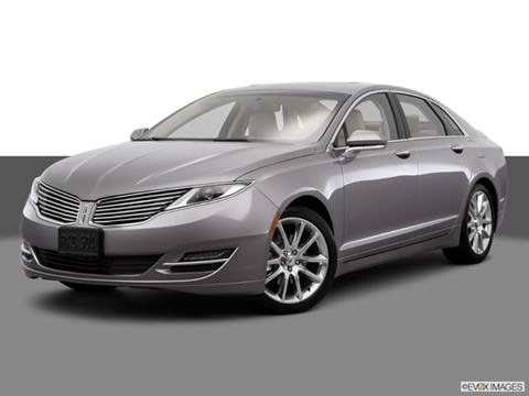 2015 Lincoln MKZ 4-door   Sedan Front angle medium view photo
