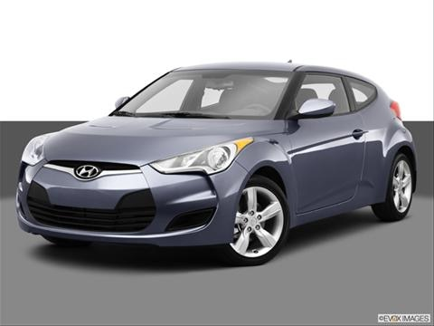 2013 Hyundai Veloster 3-door   Coupe Front angle medium view photo