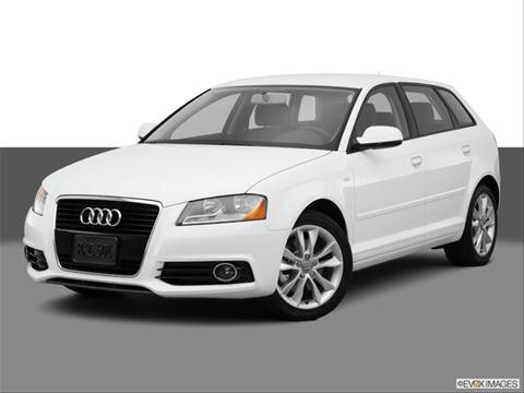 2013 Audi A3 4-door 2.0T Premium  Wagon Front angle medium view photo