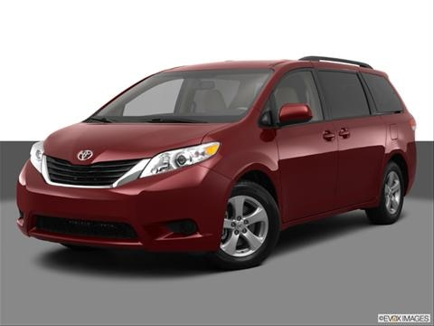 2013 Toyota Sienna 4-door L  Van Front angle medium view photo