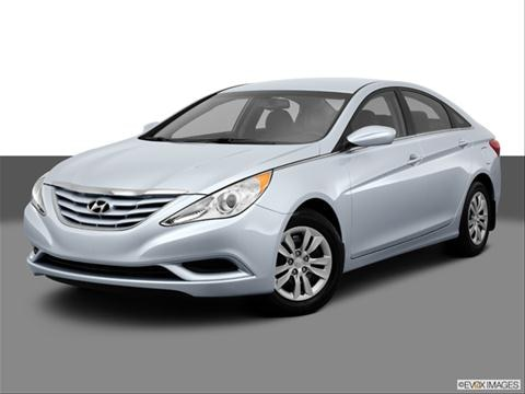 2013 Hyundai Sonata 4-door GLS  Sedan Front angle medium view photo