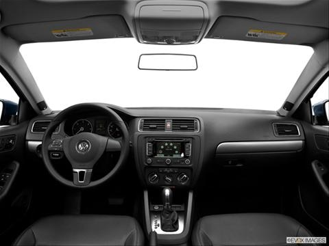 2013 Volkswagen Jetta 4-door 2.0L  Sedan Dashboard, center console, gear shifter view photo