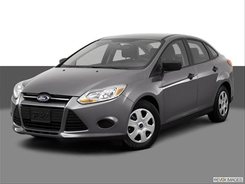 2013 Ford Focus 4-door S  Sedan Front angle medium view photo